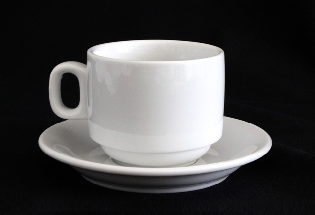 Cups & saucers - coffee / tea