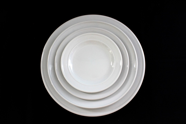 White basic crockery