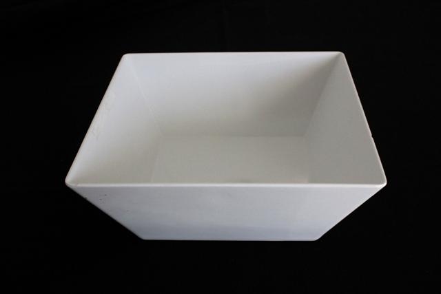 White square melamine bowls -30 x 30cm