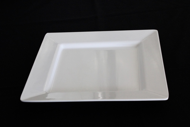 White square melemine platters- 25x25cm