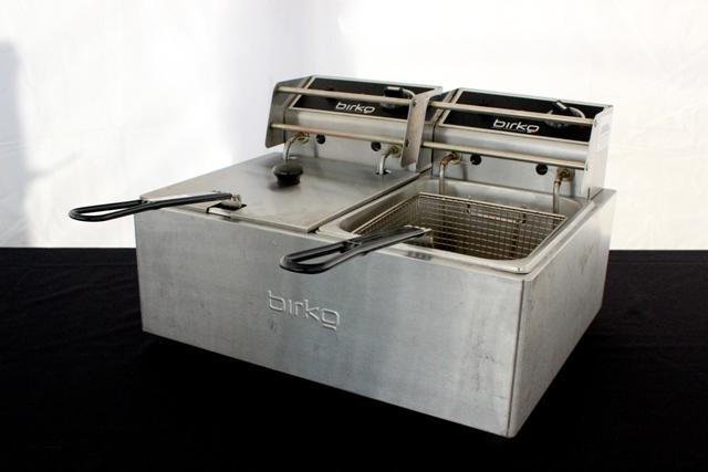 Deep fryers - single, 5L cap. (10 amp)